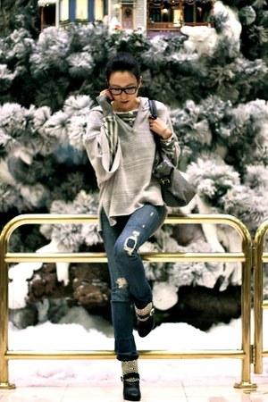 silver Goddis hoodie - sky blue JBrand jeans
