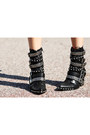 Black-metal-harness-jeffrey-campbell-boots
