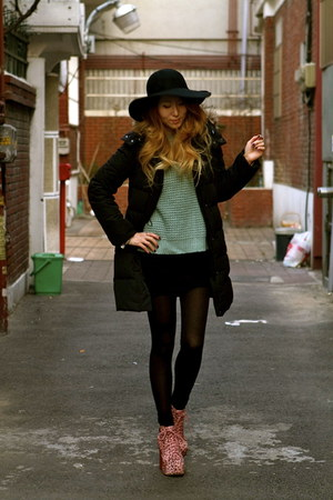 floppy wool unknown hat - Topshop dress - parka Uniqlo jacket