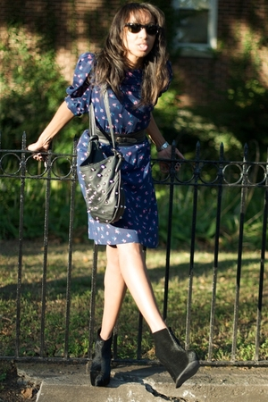 BCBG H&M Ray Ban dress