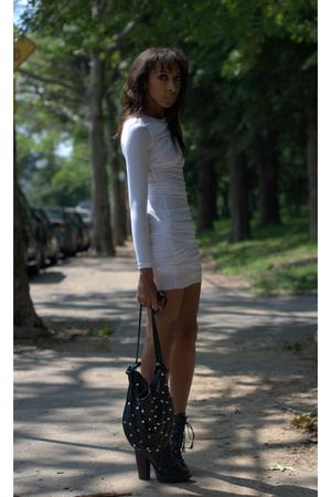 Blogger dress