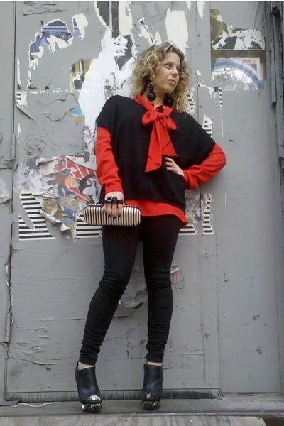 black Juicy Couture leggings - black Juicy Couture vest - red Celine blouse - bl