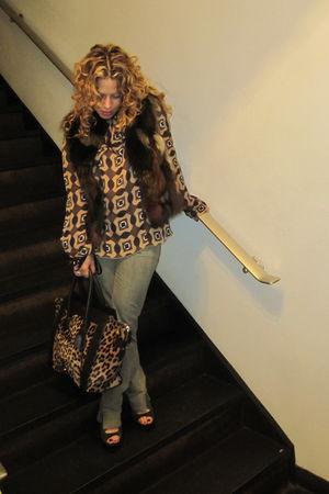 Marni top - PROENZA SCHOULER shoes - Alexander McQueeen jeans - vintage fur vest