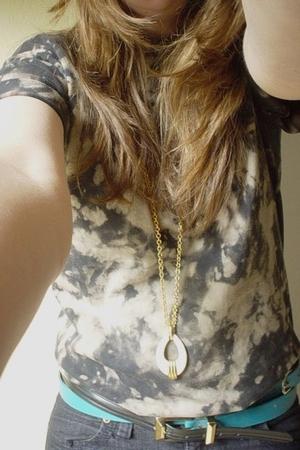 shirt - forever 21 jeans - thrift necklace - thrift belt - thrift belt