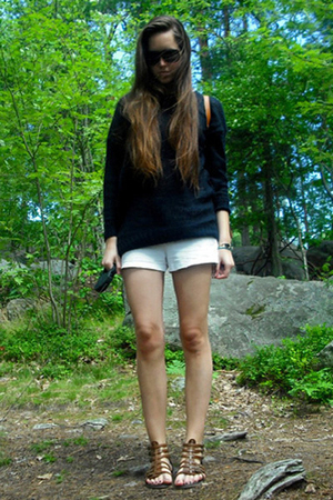 GINA TRICOT sweater - Monki shorts - Deichmanns shoes - Prada sunglasses - Louis
