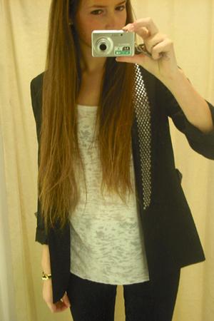 Zara blazer - GINA TRICOT t-shirt - Levis jeans