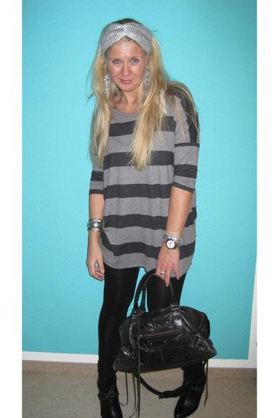 H&M shirt - leggings - purse - boots