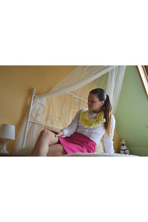 DIY necklace - FF shirt - Secondhand skirt