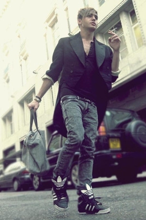 Secondhand jacket - American Apparel pants - adidas shoes - abercrombie and fitc