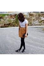leather Filippa K skirt - Blk Dnm bag - New Balance sneakers