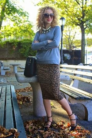 Zara necklace - Zara shoes - Zara bag - D&G sunglasses - H&M sweatshirt