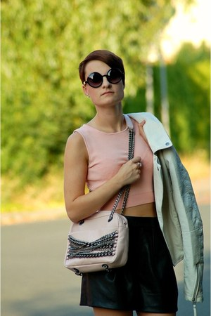 light pink Zara bag - black Zara shorts - salmon Mango top