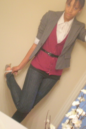 The Limited vest - Khols blazer - Forever 21 shirt - The Limited belt - The Limi