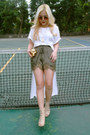 White-cotton-landmark-shirt-green-silk-h-m-shorts-neutral-bazaar-heels