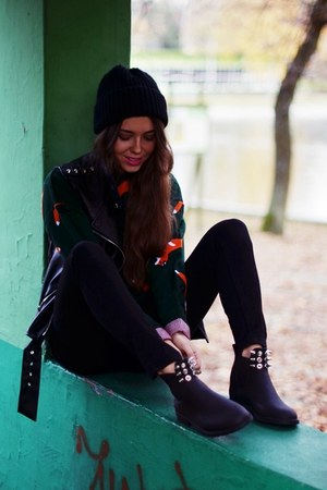 foxy sweater - studdedpl shoes - MINUSEY vest