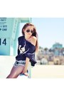 Billabong-sweater-rayban-sunglasses
