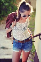 vintage leggings - vintage Levis shorts - vintage belt