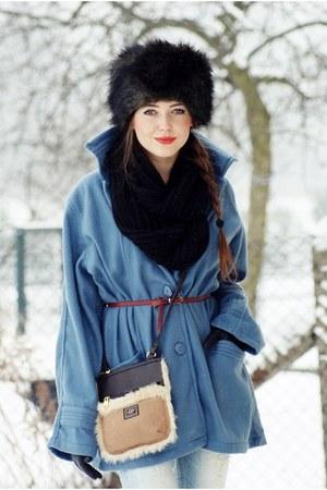 Ugg bag - Evie scarf - random shop hat