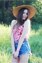 Wrangler shorts - floral vintage top
