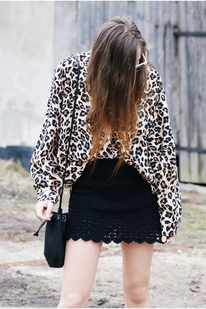 bronze leopard vintage shirt - black DIY skirt