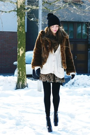 camel leopard Love dress - black Jeffrey Campbell boots