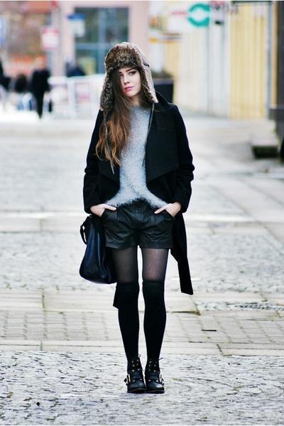 black Stradivarius boots - black Zara coat - light brown Secondhand hat