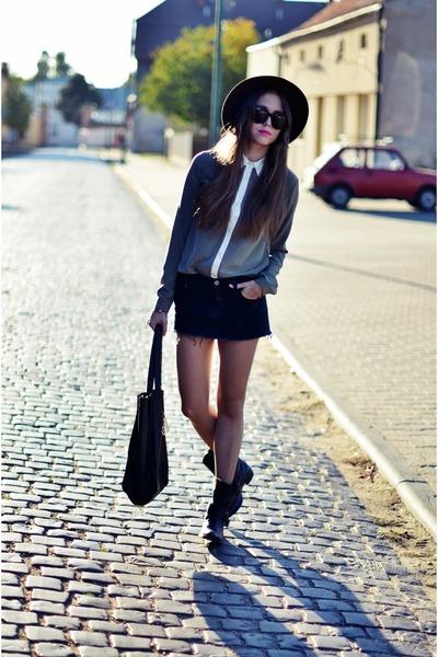 BlackBow shirt - vintage hat - wojas vest - vintage skirt