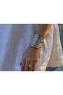 Skater-im-haute-dress-statement-im-haute-earrings-gold-le-tote-bracelet
