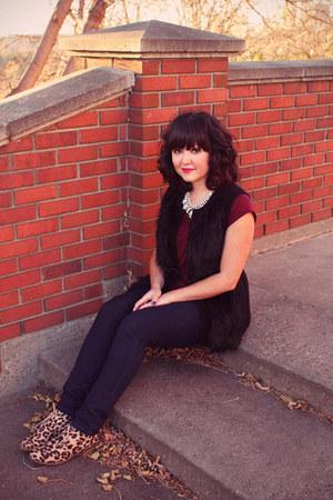 faux fur H&M vest - leopard print Madden Girl boots - Joe Fresh jeans
