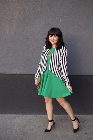H&amp;M jacket - emerald green Onze Boutique dress - Brechelles heels