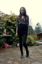 H&M blouse - NYer skirt