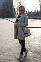 beige Sheinside coat - tan H&M sweater - tan Chicwish bag