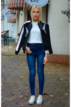 black lightinthebox necklace - blue StyleWe jeans - black Fashionmia blazer