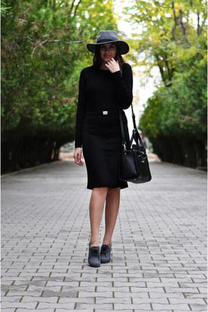 black Dresses Unlimited dress - heather gray H&M hat - black Fiorelli bag