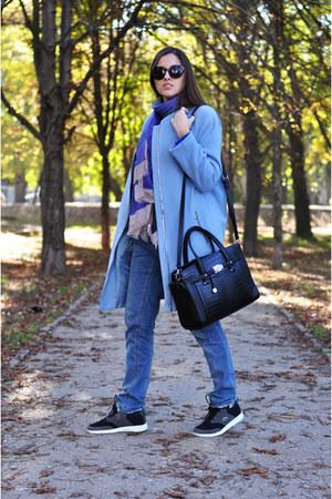 blue Steilmann scarf - black Lacoste shoes - sky blue Steilmann coat