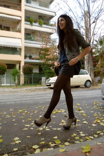 heather gray heels - heather gray vintage blazer - black leather H&M shorts