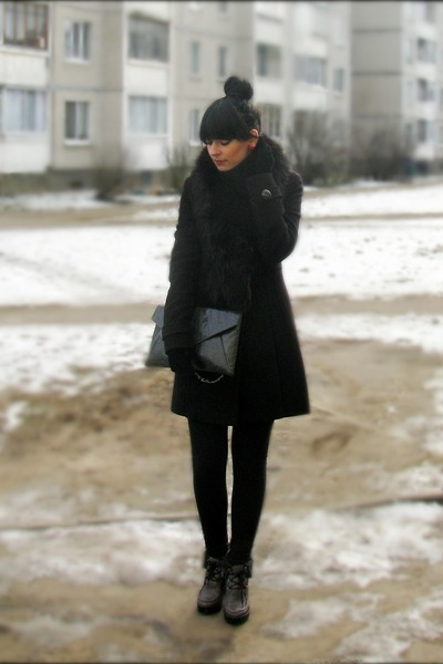 Mango coat - charcoal gray bag - Mango pants