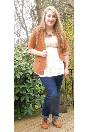 tawny blazer - navy jeans - dark brown jeweled necklace - cream eyelet top
