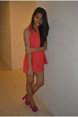 SMX Convention Center dress - 4-5 inches pink Primadonna heels