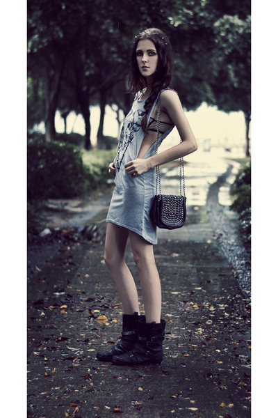 heather gray studded skull Sheinside dress