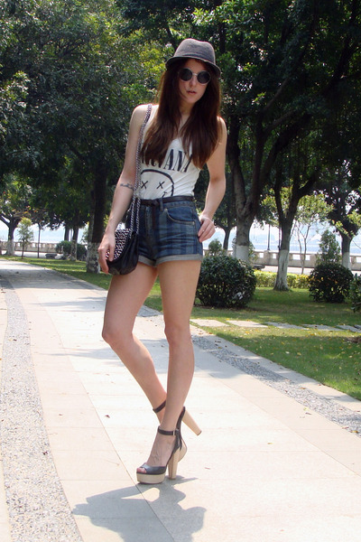 black Zara heels - navy Topshop shorts - white H&amp;M t-shirt