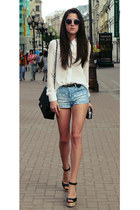 pull&bear shorts - Chanel bag - H&M sunglasses - Zara blouse