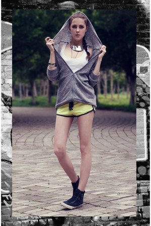 lime green neon color H&M shorts - silver nowIStyle sweatshirt