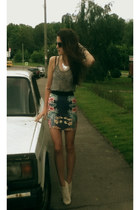 navy floral skirt pull&bear skirt - charcoal gray transparent Forever 21 t-shirt