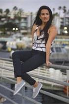 Nordstrom sunglasses - Nordstrom pants - Target necklace - similar H&M sneakers