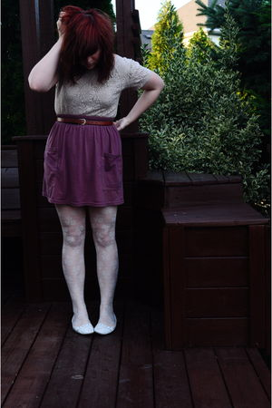 beige thrifted top - red American Apparel skirt - beige H&M tights
