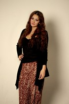 black cardigan - crimson wide-leg Forever 21 pants