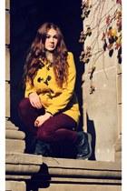black combat doc martens boots - yellow H&M coat