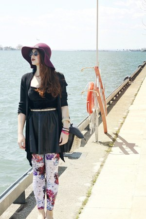 purple H&M hat - magenta H&M leggings - black round Urban Outfitters sunglasses