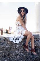dark brown el corte ingles hat - gold Primark sandals